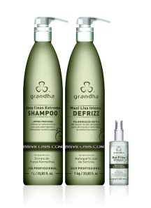 1) Deep Clean Extreme Shampoo 1000ml - 2) Maxi Liss Intense Defrizz 1000g - 3) Out Frizz Oil Repair 55ml